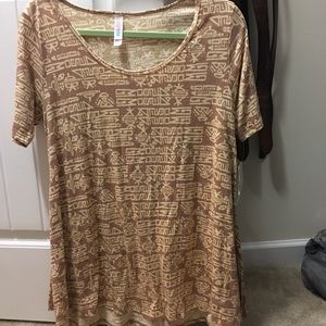 NWT Lularoe small perfect T